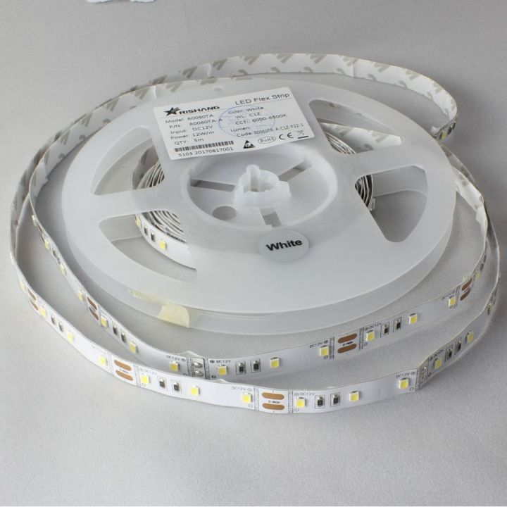LED лента R0060TA-A, 4000K, 12W, 2835, 60 шт., IP33, 12V, 980лм